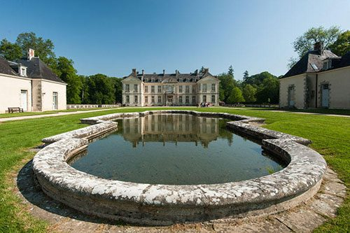 le 14 saint michel Chateau de Kerguehennec