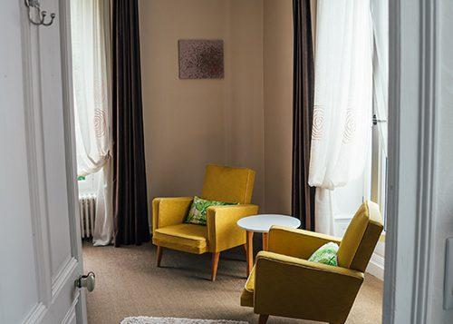 le 14 saint michel chambre confort plus fauteuil