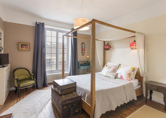 le 14 saint michel chambre double lit