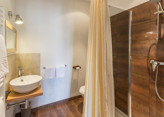 le 14 saint michel chambre double salle de bain