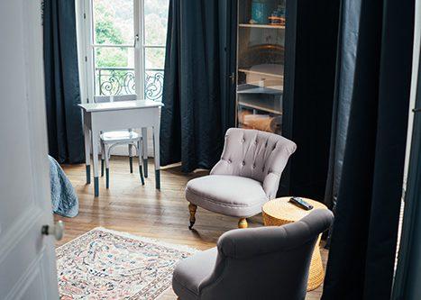 le 14 saint michel chambre twin fauteuils
